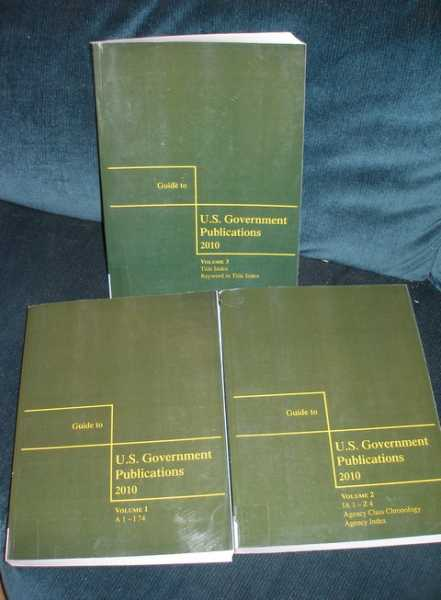 Image for Guide to U. S. Government Publications - 2010 Edition (3 Volume Set)